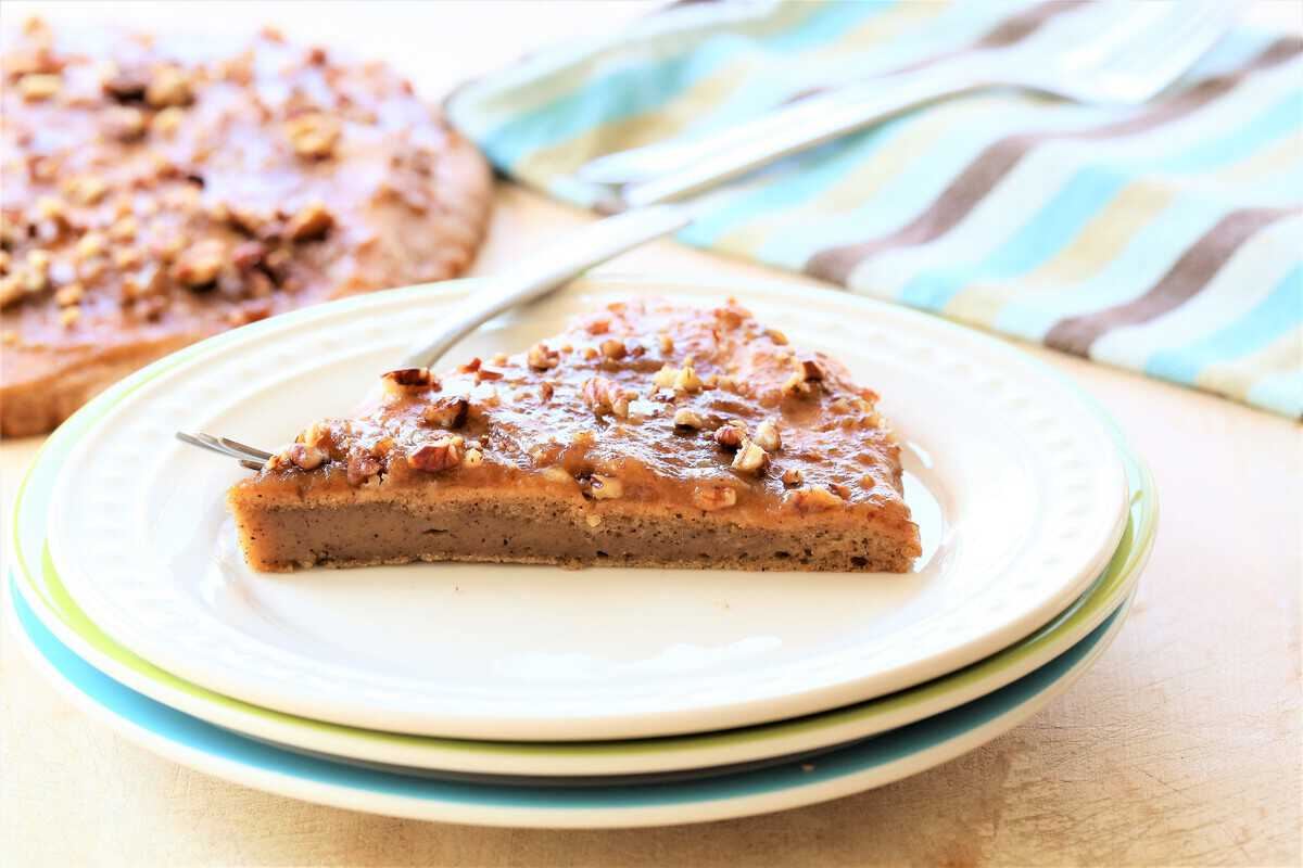 Cinnamon Breakfast Cake With Date Glaze is a light and fluffy, vegan, gluten free and dairy free treat.