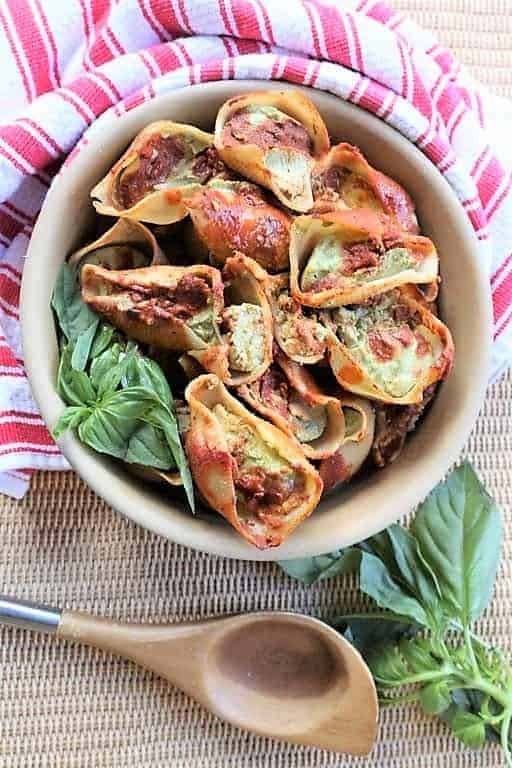 Spinach Garlic Stuffed Shells