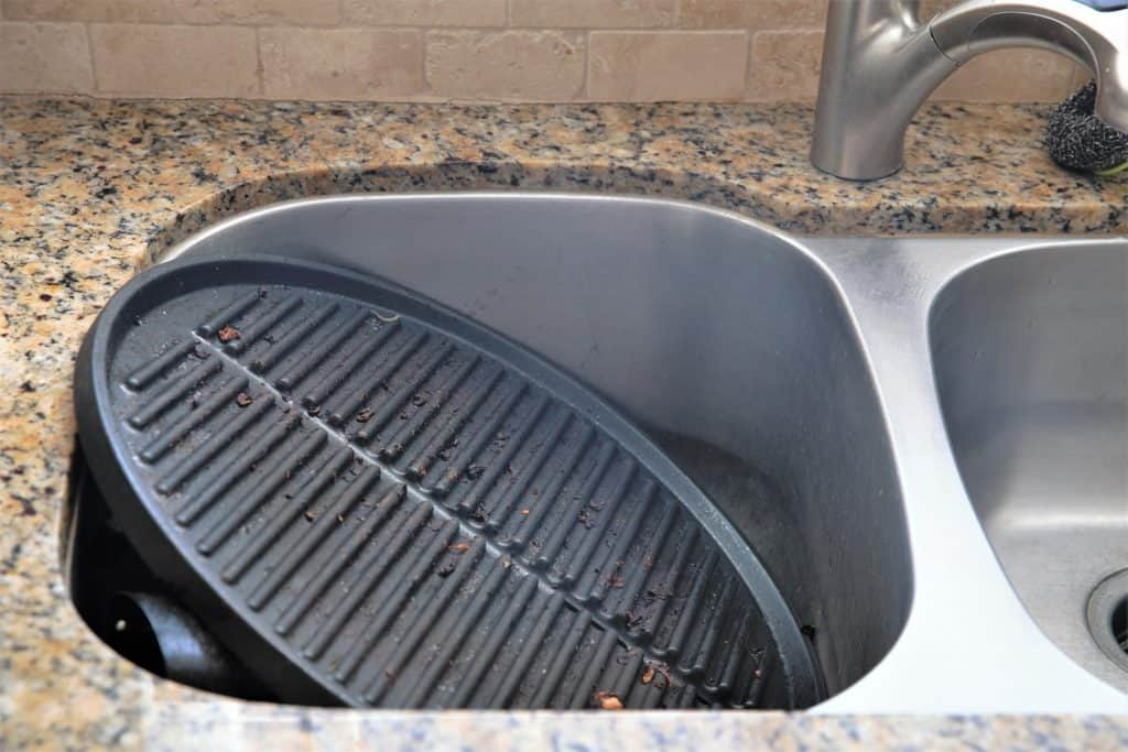 Easy clean up of George Foreman Indoor Outdoor Grill