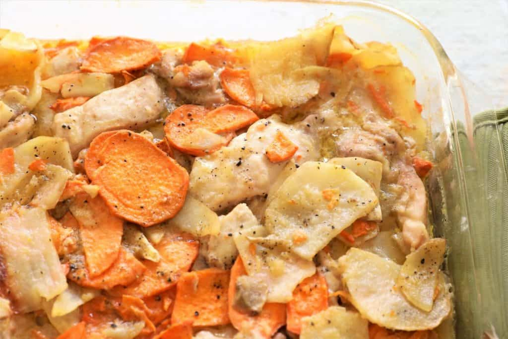 Baked scalloped potatoes with chicken